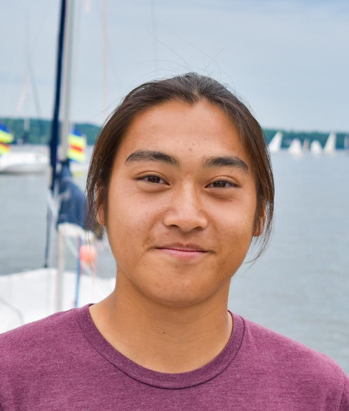 Yan, employé du club de voile Memphrémagog