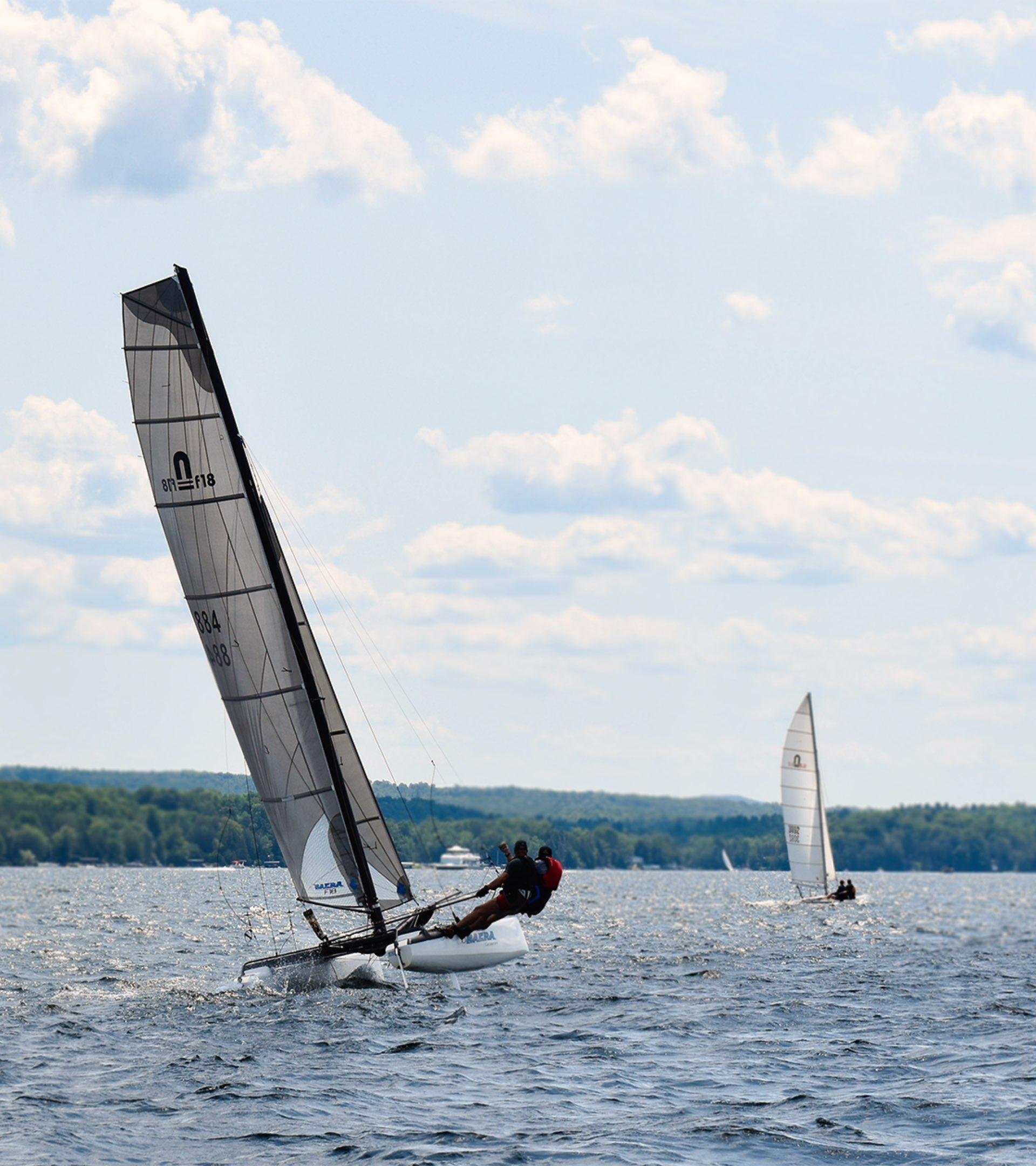 cours privés en catamaran sur le lac Memphrémagog